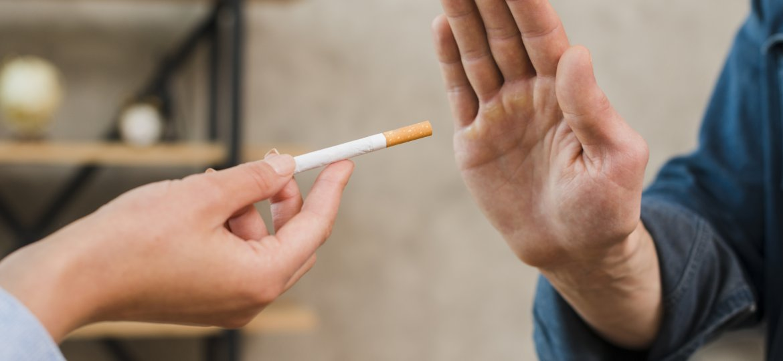 Cigarro, entenda como pode fazer mal aos olhos