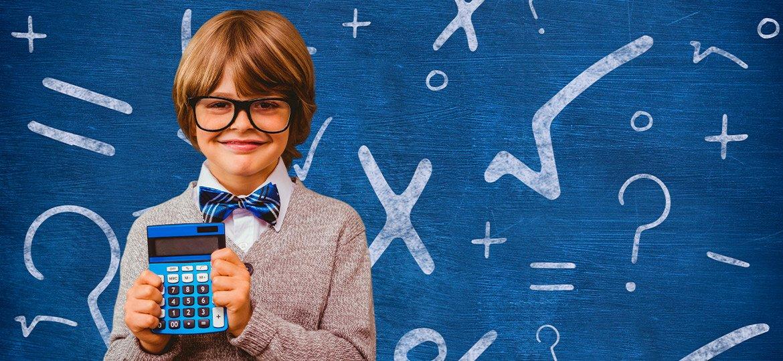 Volta às aulas: A importância dos óculos para crianças em idade escolar