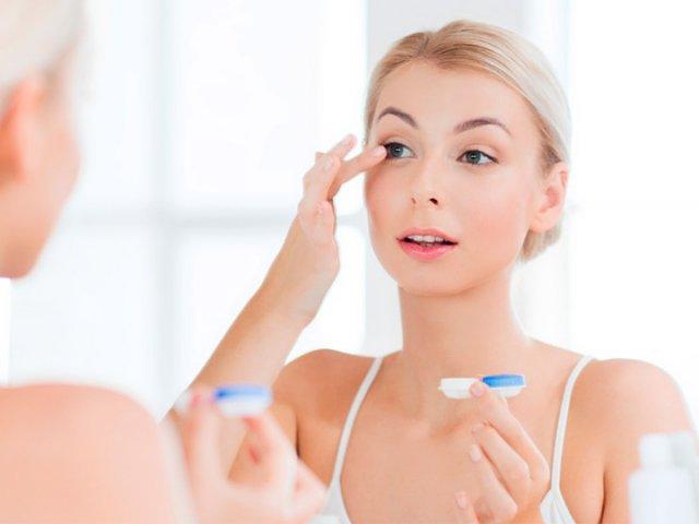 Principais dicas para ajudar na hora de colocar as lentes de contato